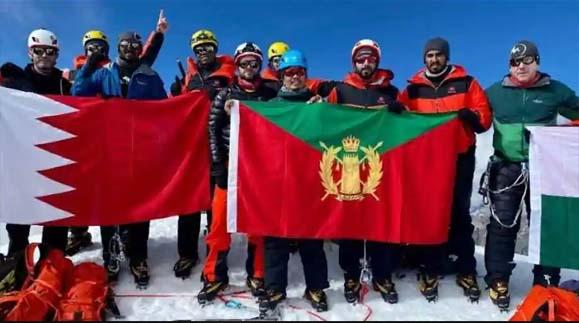 Bahrain prince climbs Labuche peak